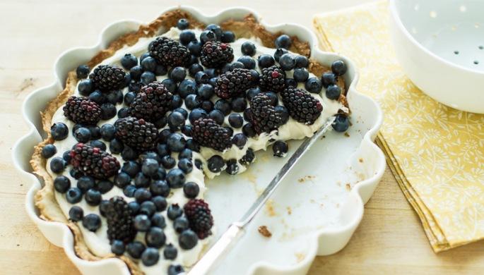 berry tart, blueberry tart, blackberry tart, mascarpone tart, baked tart, dessert, berry dessert