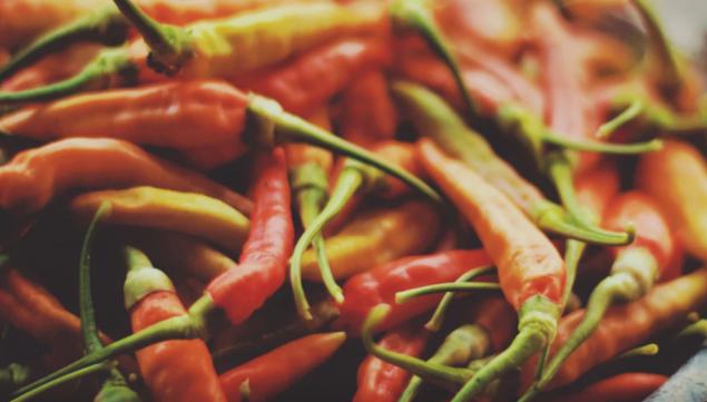 peppers, capsicum, hot peppers, chili peppers, jalapenos, piri piri, banana peppers