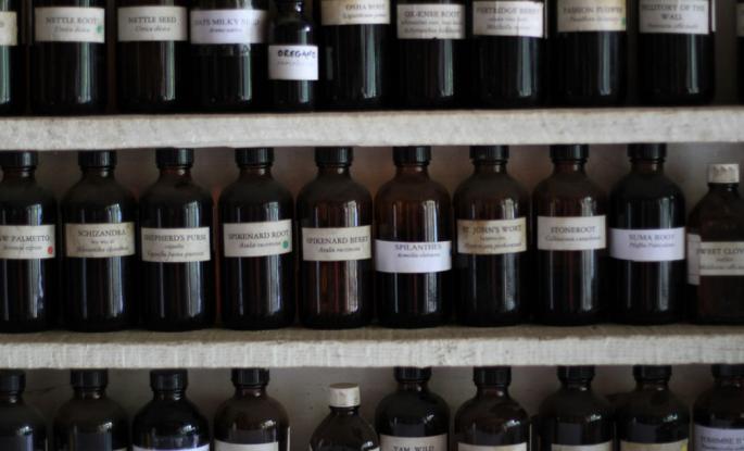 tinctures, tincture bottles, herbal tincture, DIY tincture, passionflower tincture